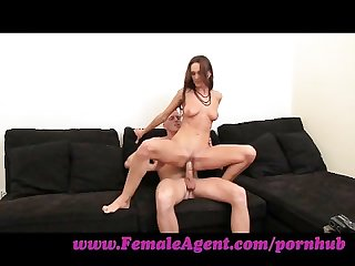 Femaleagent lust fever