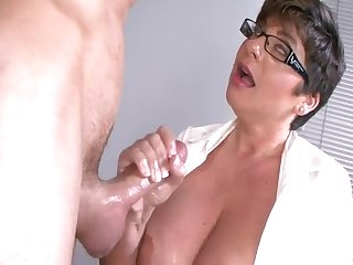 Teacher handjob is student for the pleasure