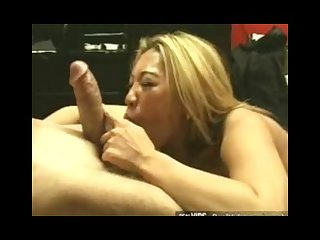 Asian slut makes perfect blowjob
