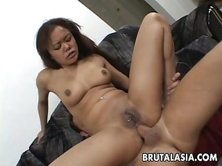 Annie Cruz receiving a double penetration fucking