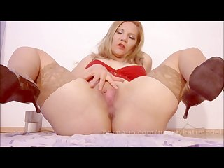 Dildo fucks my creamy gushing pussy up i got a squirting orgasm
