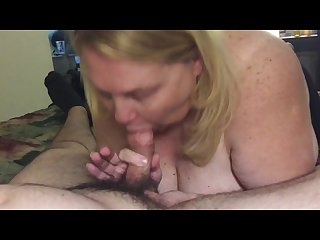 Amateur mature blonde bbw swallows in hotel