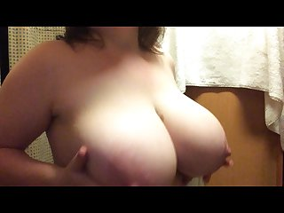 Big busty babe playing with hige natural tits
