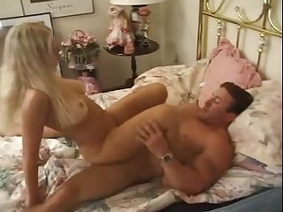 Muscular hunk services milf