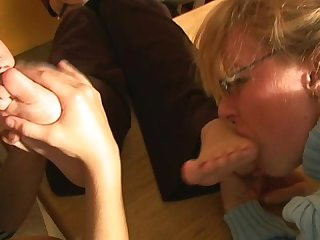 Boss dina office foot worship 2