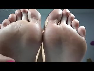 Best nonstop foot joi