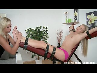 Czech sexy feet foot tease sweaty toes 2013 cayla