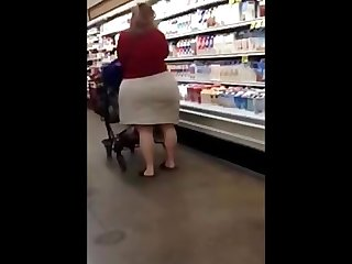 Candid big butt plumper mature ass spying chubby booty