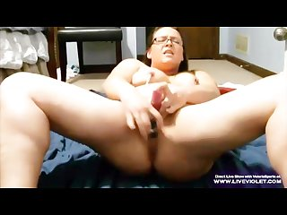 Kinky bbw Valerie with glasses gets squirt fountain