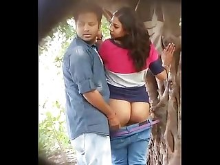 Delhi college girl caught fucking with lecturer in university campus