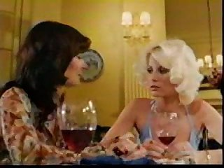 Mature veronica hart and honey wilder