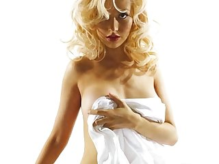 Christina aguilera uncensored http bit ly 1bvnmc1