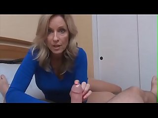 Hot SexyMom-My mom show me how can i use condom