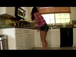 Step sister amateurs lezzing up