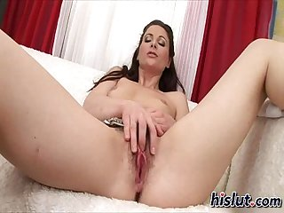 Jessica fucks herself