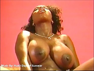 Ebony Ayes, The SEXIEST Shit You Ever Seen!!