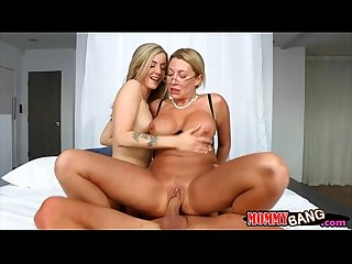 Jennifer best and karla kush ffm 3some sex in the bedroom