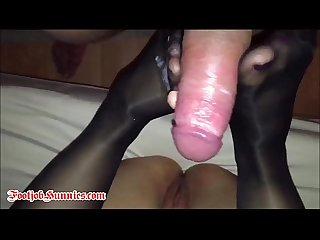Feet in nylons get cum bath