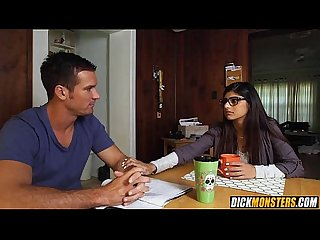 Mia khalifa cheats on her bf with 2 thugs 1