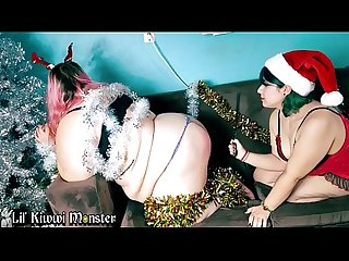 Christmas BONDAGE with NaughtyLilKitten and LilKiwwiMonster