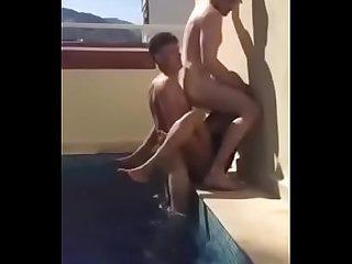 Tro coordinado piscina