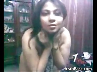 Curvy Arab woman teasing her thick body
