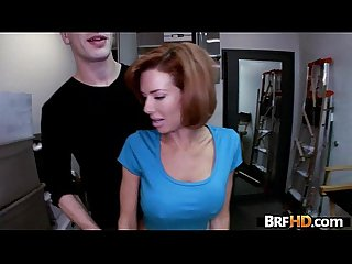 Big tit milf veronica avluv squirts in The backroom 1 2