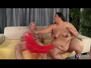 Fatty latina lorelai givemore enjoys a fat dick