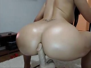 Yoga booty view my profile for more private clips