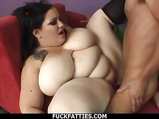 FuckFatties - Gothic BBW Glory Foxxx Spreads Thighs For Fucking