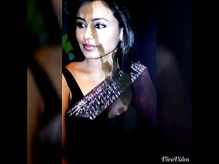 Rani Mukharji Tributed.. More Videos at..