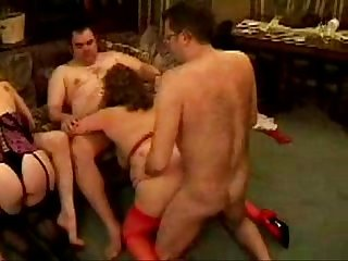 Mature swingers homemade orgy part 1