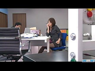 Office bimbo maki hojo plays with her fanny