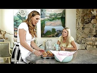 Scarlet red and tanya tate at mommy s girl