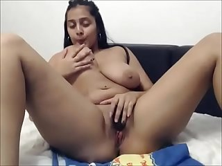 Big boobs beautiful indian girl masturbating on webcam for paid customers
