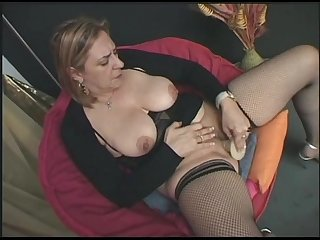 Hot italian milf masturbate for you excl