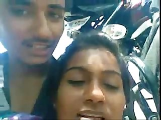 Indian young Desi guy exposing his girlfriends boobs and molesting her nicely at outdoor wowmoybac