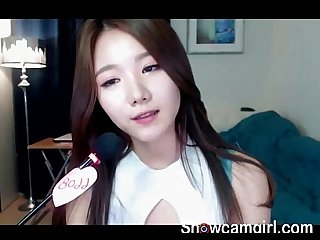 Hot babe Korean girl show perfect boobs - online on showcamgirl.com