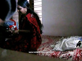 Homemade mms of indian bhabhi blowjob and fucked in missionary style