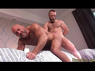 Muscled bears ass pounded