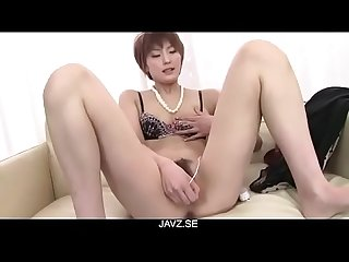 Saori´s Busy With Her Vibrator On Her MILF Pussy - From JAVz.se